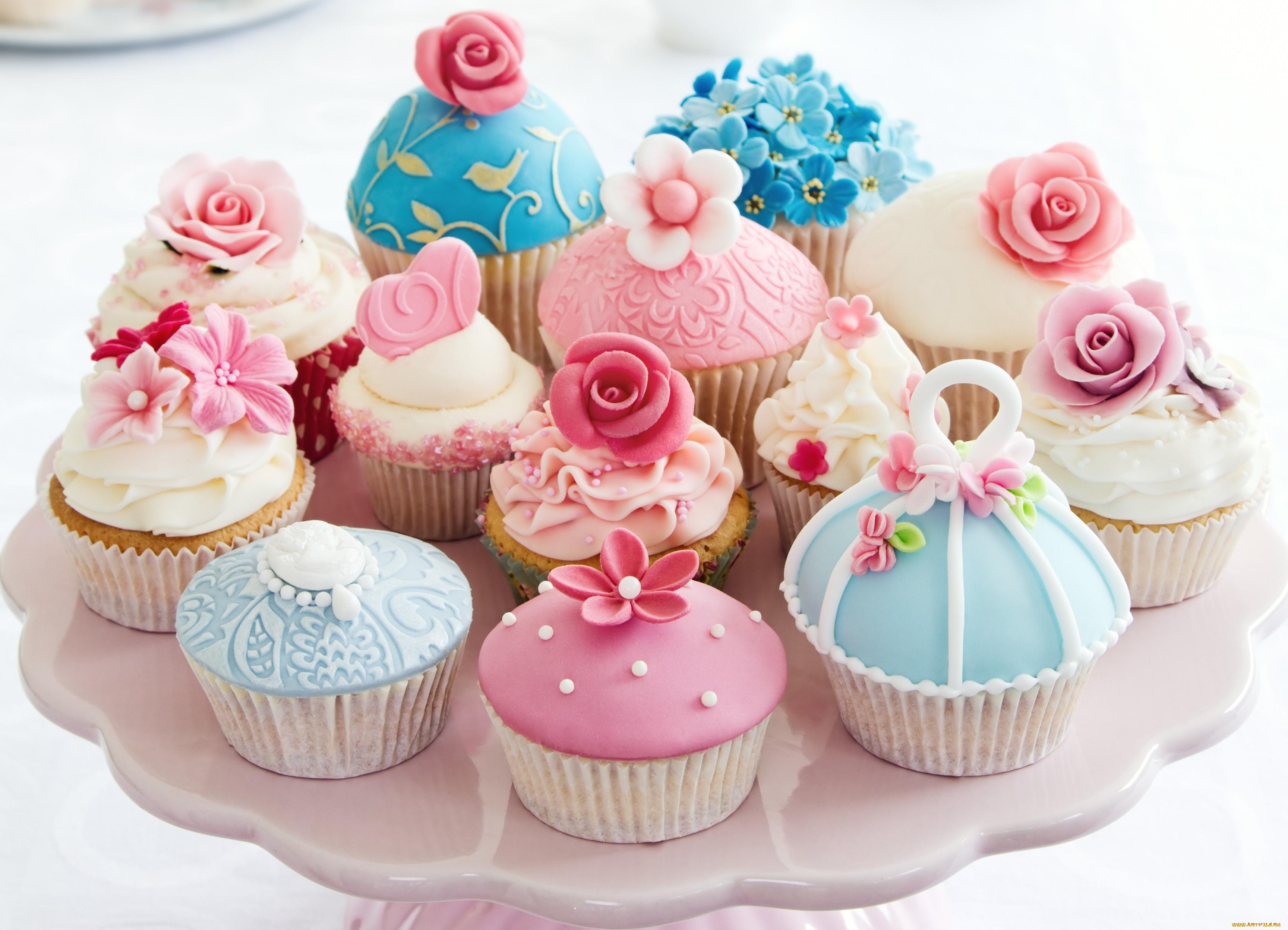 картинки с тортами и пироженками шкаф